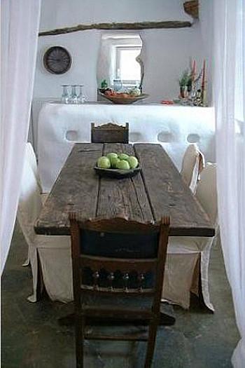 wooninspiratie houten tafel